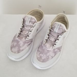 Champion running sneakers